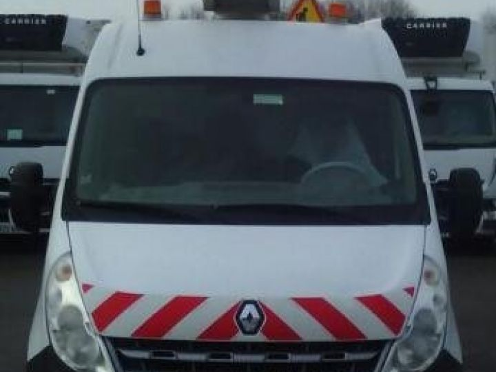 Chassis + body Renault Master Turret truck body DCI 120 L2H2  - 1