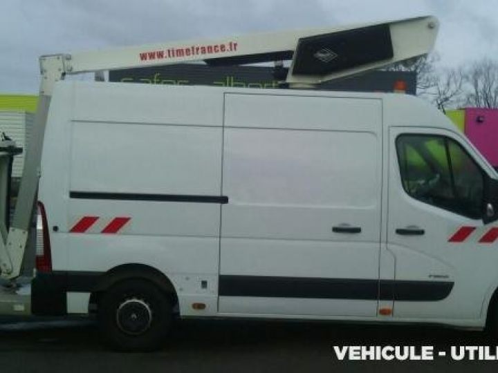 Chassis + body Renault Master Turret truck body DCI 120 L2H2  - 4