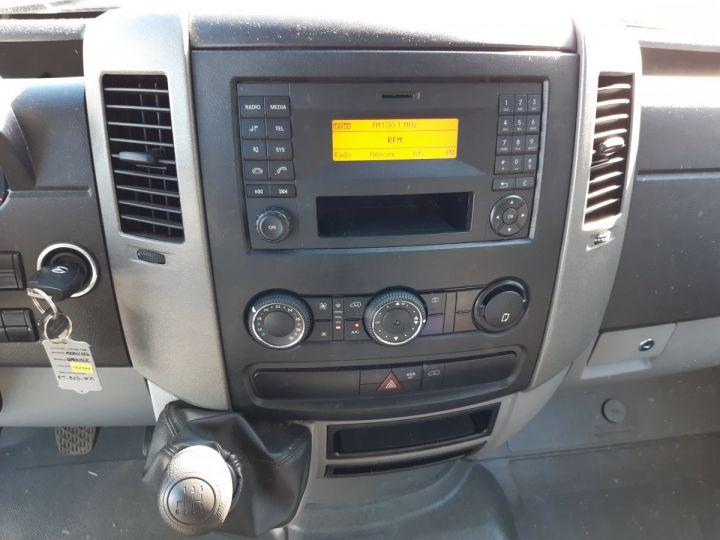 Chasis + carrocería Mercedes Sprinter Caja cerrada + Plataforma elevadora 3T5 514 CDI 43 BLANC - 8