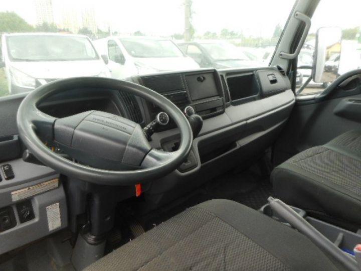 Chasis + carrocería Mitsubishi Canter Caja cerrada + Plataforma elevadora 3C13 CAISSE + HAYON BOITE AUTOMATIQUE  - 6