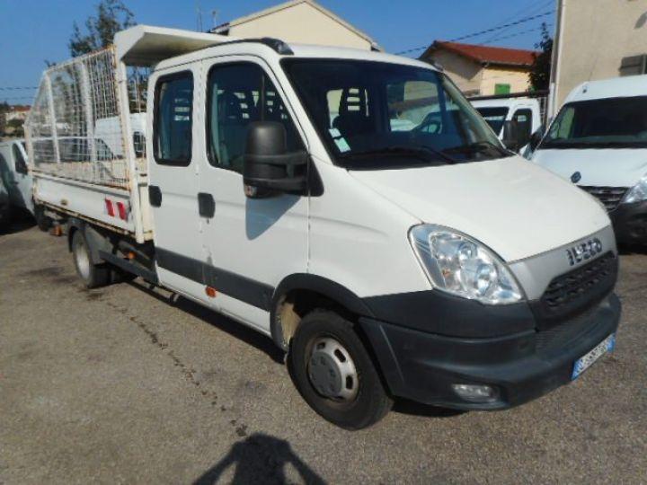 Chasis + carrocería Iveco Daily Volquete trasero cabina doble 35C13 BENNE DOUBLE CABINE  - 1