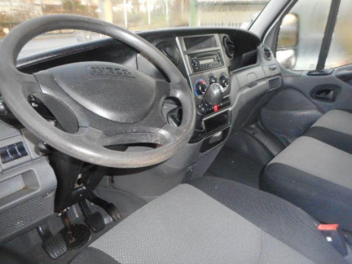 Chasis + carrocería Iveco Daily Volquete trasero 35C15 BENNE + COFFRE  - 5