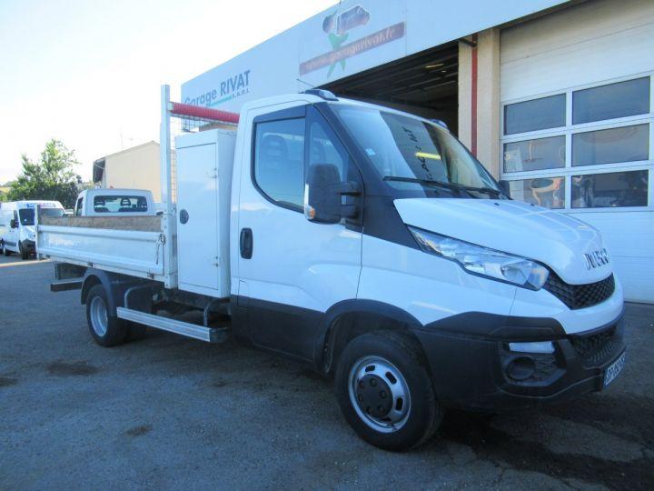 Chasis + carrocería Iveco Daily Volquete trasero 35C17 BENNE + COFFRE  - 1