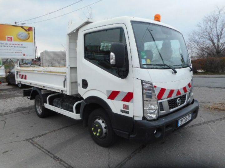 Chasis + carrocería Nissan Cabstar Volquete trasero NT400 35.13 BENNE  - 1