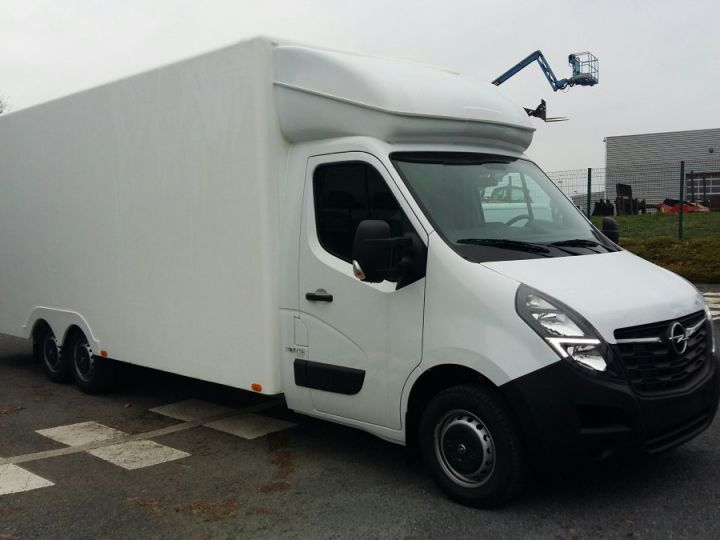 Chassis + carrosserie Opel Movano Autre 30m3 BITURBO S&S 165CV BLANC - 2