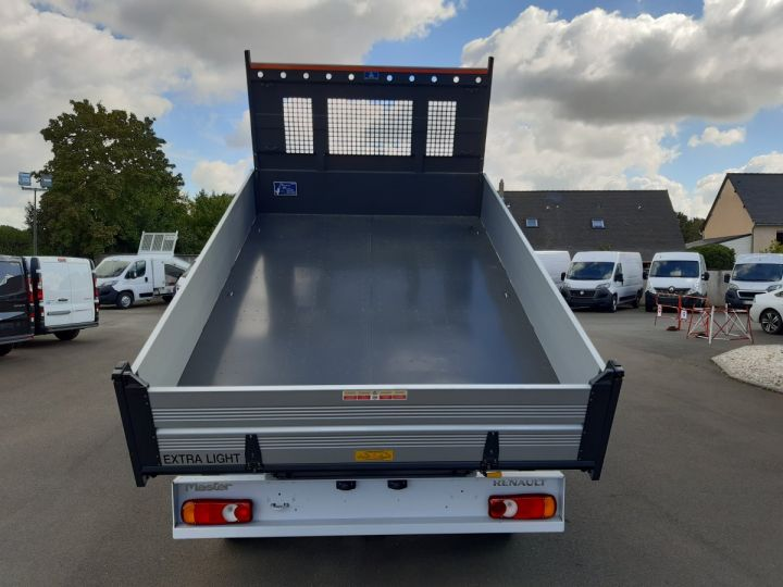 Chassis + carrosserie Renault Master Benne Double Cabine 3.5 2.3 DCI 145CH ENERGY DOUBLE CABINE CONFORT BLANC - 5