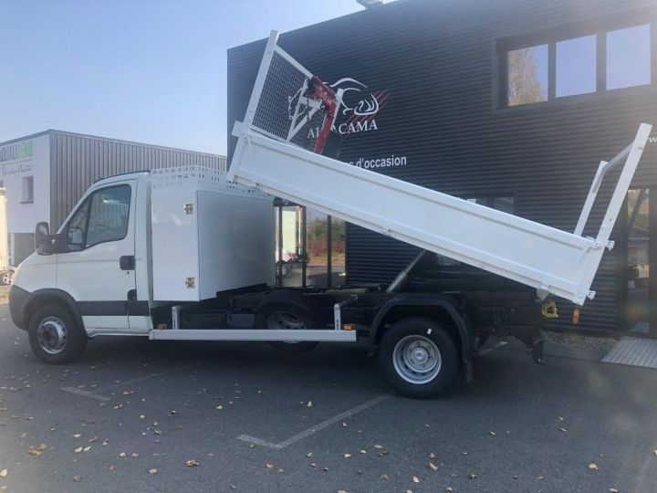 Chassis + carrosserie Iveco Daily Benne + grue 70 C 18 BENNE CHARGE UTILE 3T COFFRE GRUE CROCHET  BLANC - 1