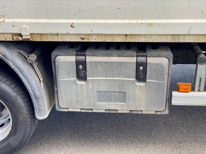 Chassis + carrosserie Iveco Daily Benne + grue 70 C 18 BENNE CHARGE UTILE 3T COFFRE GRUE CROCHET  BLANC - 17