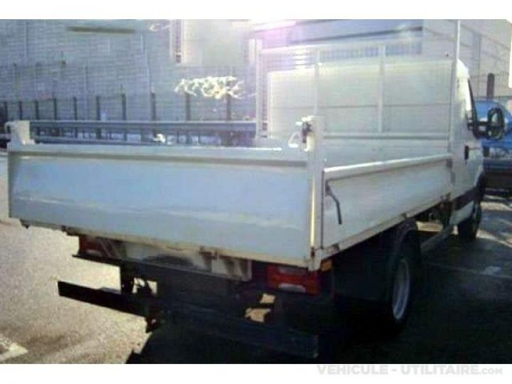 Chassis + carrosserie Iveco CF75 Benne arrière 35C13  - 2