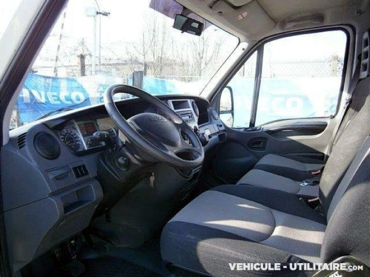 Chassis + carrosserie Iveco CF75 Benne arrière 35C13  - 3