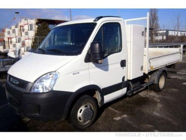Chassis + carrosserie Iveco CF75 Benne arrière 35C13  - 4
