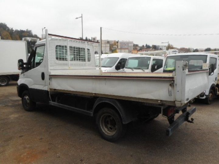 Chassis + carrosserie Iveco CF75 Benne arrière 35C14 BENNE  - 2