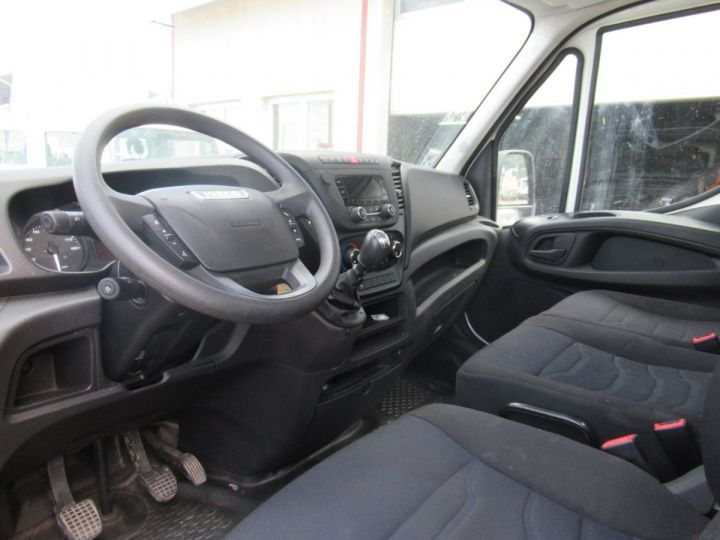 Chassis + carrosserie Iveco Daily Benne arrière 35C15 BENNE + COFFRE  - 5