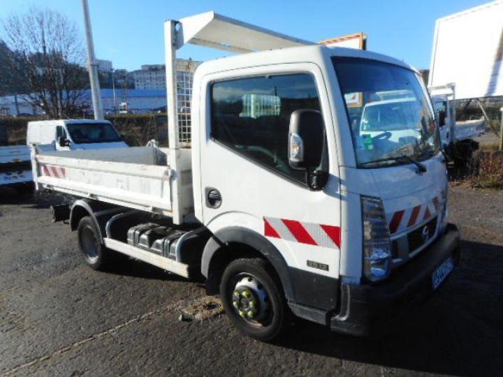 Chassis + carrosserie Nissan Cabstar Benne arrière 35.12 BENNE NT400  - 1