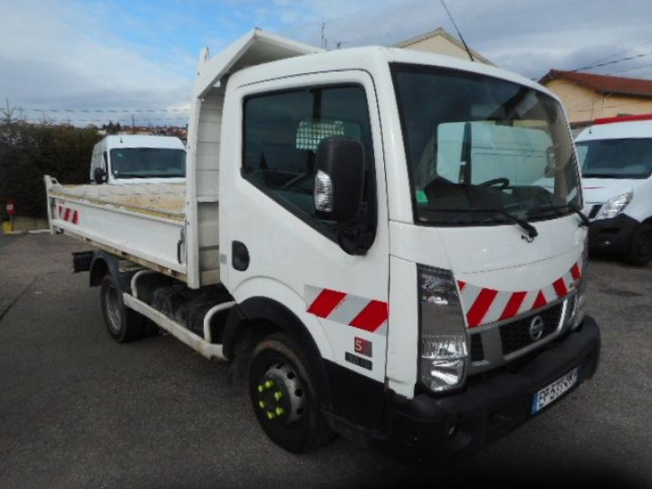 Chassis + carrosserie Nissan Cabstar Benne arrière NT400 35.13 BENNE  Occasion - 2