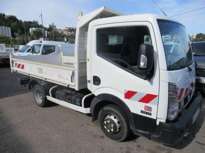 Chassis + carrosserie Nissan Cabstar Benne arrière NT400 35.13 BENNE  - 2