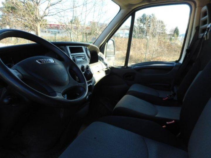 Chassis + carrosserie Iveco Daily Caisse fourgon + Hayon élévateur 35C15 CAISSE + HAYON  Occasion - 6
