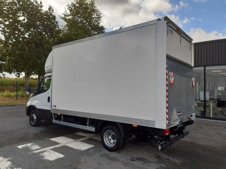 Chassis + carrosserie Iveco Daily Caisse fourgon + Hayon élévateur TOR 35C16H 3.0L 160CV BLANC - 4