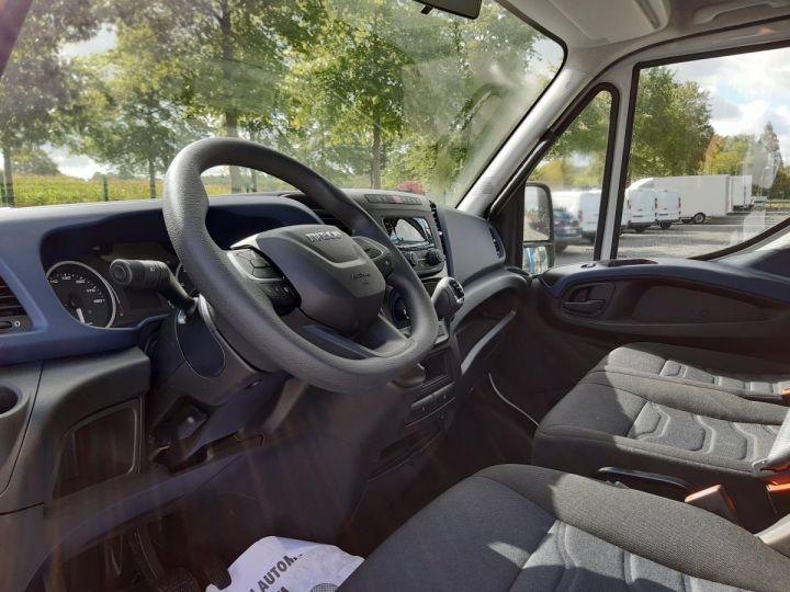 Chassis + carrosserie Iveco Daily Caisse fourgon + Hayon élévateur TOR 35C16H 3.0L 160CV BLANC - 7
