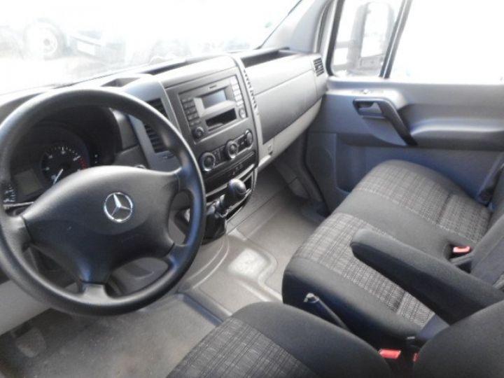 Chassis + carrosserie Mercedes Sprinter Caisse fourgon + Hayon élévateur 514 CAISSE + HAYON  - 5