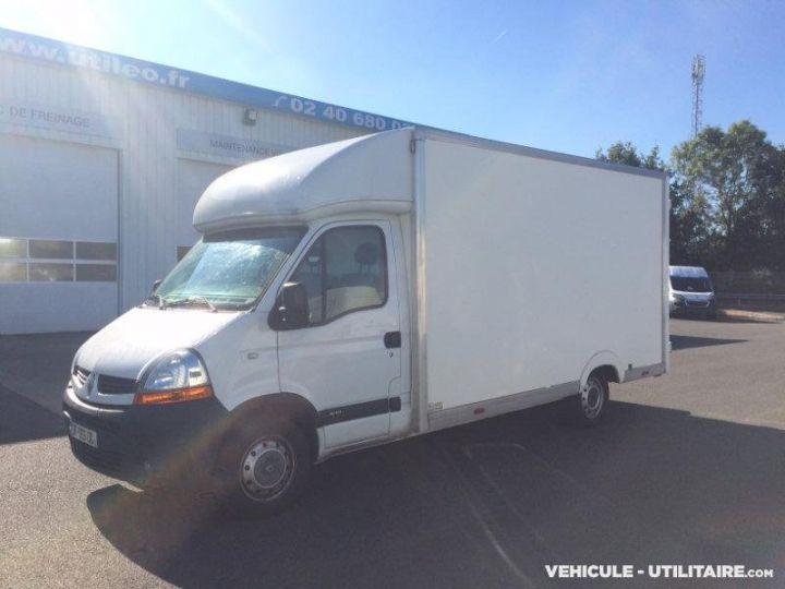 Chassis + carrosserie Renault Master Caisse Fourgon 3t5  - 1