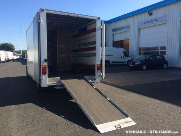 Chassis + carrosserie Renault Master Caisse Fourgon 3t5  - 3