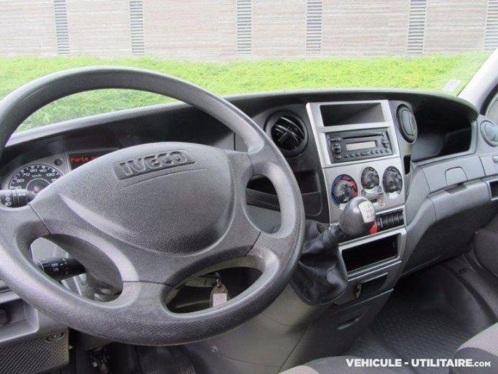 Chassis + carrosserie Iveco Daily Caisse frigorifique 35C13  - 6