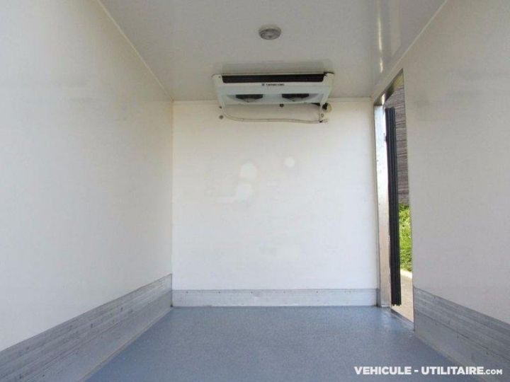 Chassis + carrosserie Iveco Daily Caisse frigorifique 35S12  - 4
