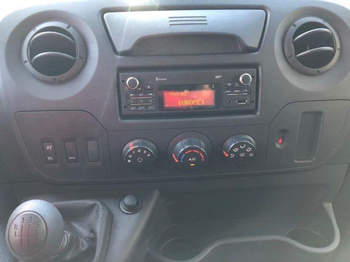 Chassis + carrosserie Renault Master Fourgon frigorifique 135 CV PENDERIE A VIANDE HAYON ELEVATEUR FRC X BLANC - 17