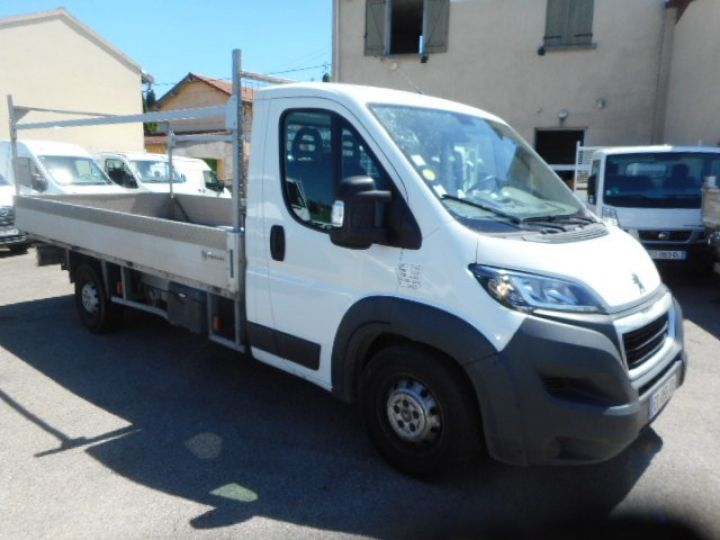 Chassis + carrosserie Peugeot Boxer Plateau 3.0 HDI 165 PLATEAU 4.5METRES  - 2