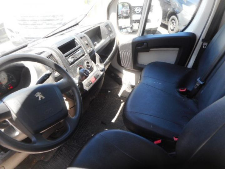 Chassis + carrosserie Peugeot Boxer Plateau 3.0 HDI 165 PLATEAU 4.5METRES  - 5