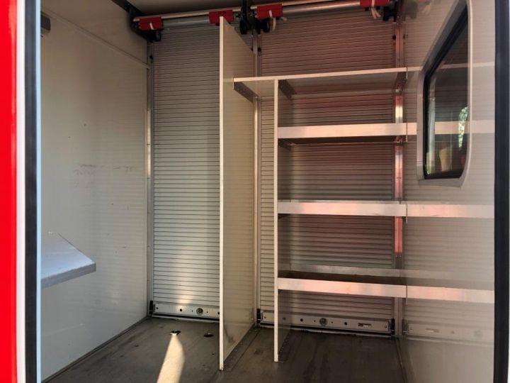 Chassis + carrosserie Iveco Daily Rideaux coulissants BUREAU EXPO EVENEMENTIEL ROUGE - 3