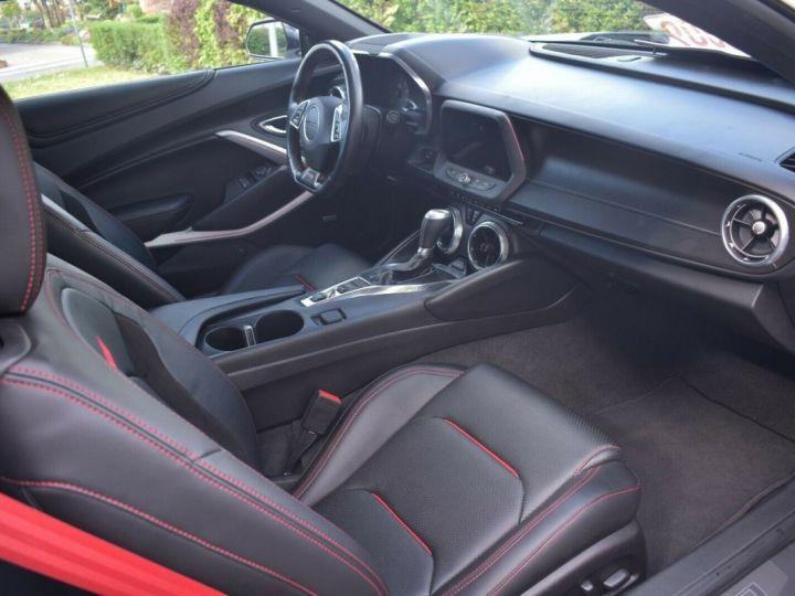 Chevrolet Camaro Camaro Coupé VI 6.2 V8 461ch Sport 10AT Led Bose / *Look ZL1 */Gtie 12 Mois/ Livraison & Malus Inclus Blanc & Noir - 4