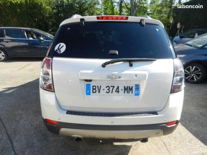 Chevrolet Captiva 2.2 16V.VCDI 4X4 finition LTZ Blanc - 3