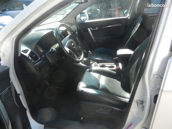 Chevrolet Captiva 2.2 16V.VCDI 4X4 finition LTZ Blanc - 6