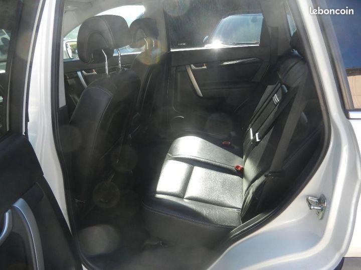 Chevrolet Captiva 2.2 16V.VCDI 4X4 finition LTZ Blanc - 7