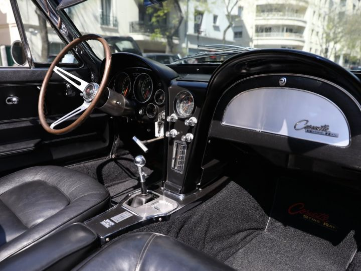 Chevrolet Corvette C2 CHEVROLET CORVETTE C2 STINGRAY CABRIOLET 6.9 427CI RESTAUREE A VOIR !! Gris Metal - 14
