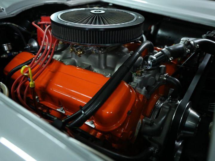 Chevrolet Corvette C2 CHEVROLET CORVETTE C2 STINGRAY CABRIOLET 6.9 427CI RESTAUREE A VOIR !! Gris Metal - 31