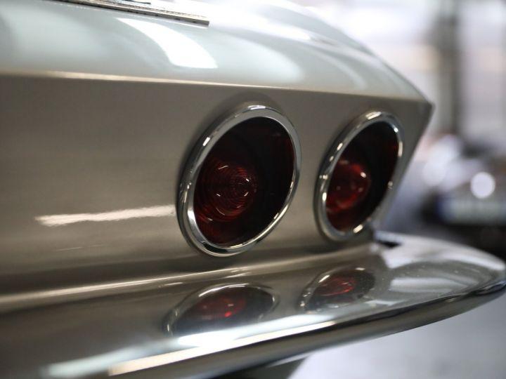 Chevrolet Corvette C2 CHEVROLET CORVETTE C2 STINGRAY CABRIOLET 6.9 427CI RESTAUREE A VOIR !! Gris Metal - 37