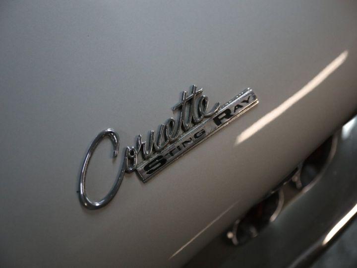 Chevrolet Corvette C2 CHEVROLET CORVETTE C2 STINGRAY CABRIOLET 6.9 427CI RESTAUREE A VOIR !! Gris Metal - 38