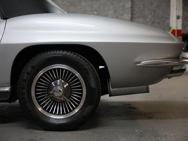 Chevrolet Corvette C2 CHEVROLET CORVETTE C2 STINGRAY CABRIOLET 6.9 427CI RESTAUREE A VOIR !! Gris Metal - 40
