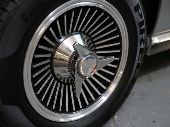 Chevrolet Corvette C2 CHEVROLET CORVETTE C2 STINGRAY CABRIOLET 6.9 427CI RESTAUREE A VOIR !! Gris Metal - 43
