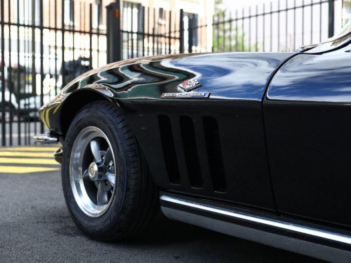 Chevrolet Corvette C2 CHEVROLET CORVETTE C2 STINGRAY COUPE 1965 350CI BOITE 4 Noir - 28