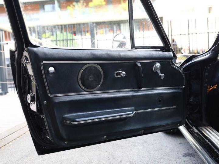Chevrolet Corvette C2 CHEVROLET CORVETTE C2 STINGRAY COUPE 1965 350CI BOITE 4 Noir - 30