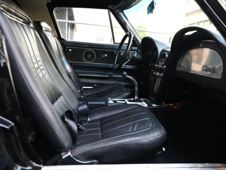 Chevrolet Corvette C2 CHEVROLET CORVETTE C2 STINGRAY COUPE 1965 350CI BOITE 4 Noir - 44