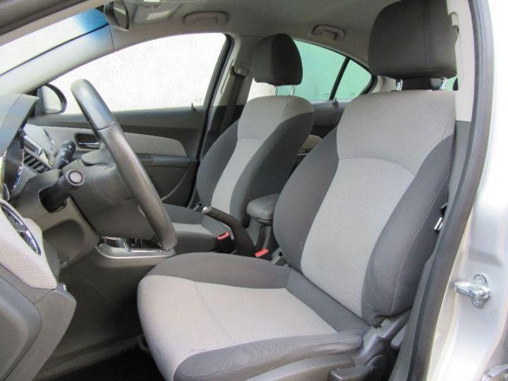 Chevrolet Cruze 2.0 VCDI 150CH LT GRIS CLAIR Occasion - 4