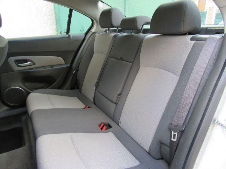 Chevrolet Cruze 2.0 VCDI 150CH LT GRIS CLAIR Occasion - 9