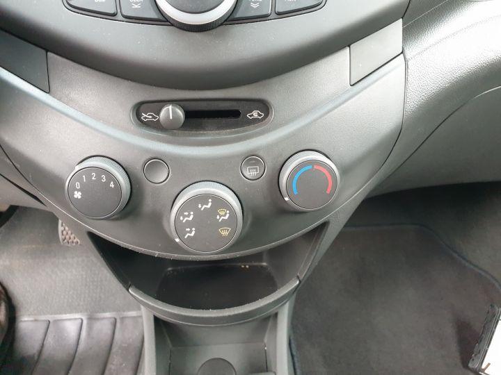 Chevrolet Spark 1.0 68 5 portes Gris Occasion - 9