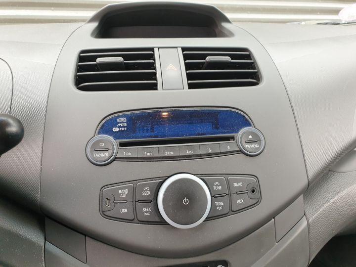 Chevrolet Spark 1.0 68 5 portes Gris Occasion - 10