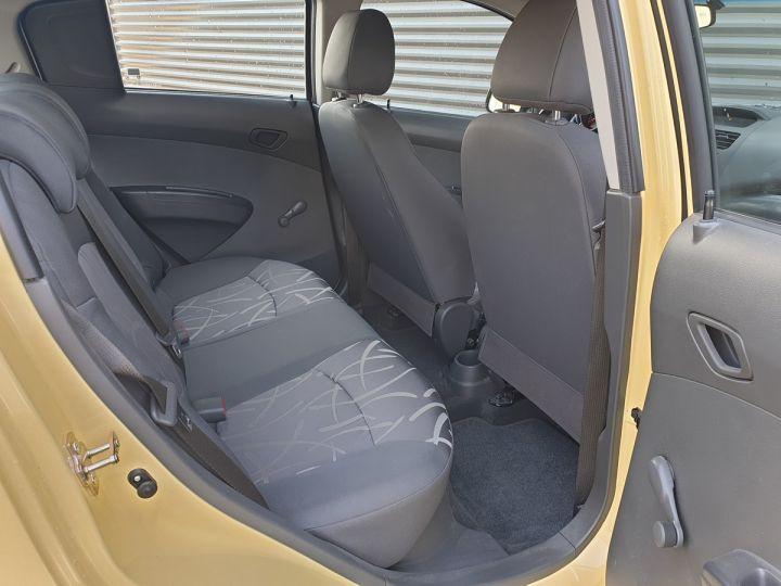 Chevrolet Spark 1.0 68 ls 5 portes i Jaune Occasion - 6